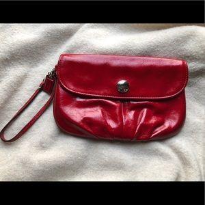 ❤️Coach Red Large Wristlet ❤️